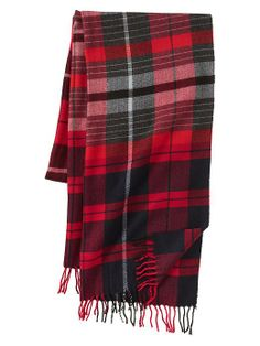 Gap Plaid Combo Scarf - Might need to get one for me too. Would be the perfect accessories for holiday shopping.