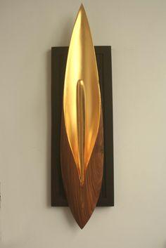 Vastu-Wandskulptur Nadun-Holz und 24 Karat Blattgold (ca. 90 cm). Euro 1250 -  www.ayurveda-garden.de