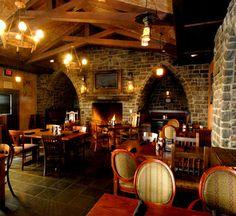 Claddaghs Irish Pub
