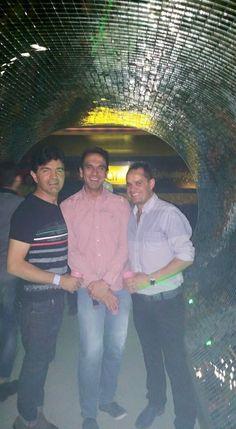 Con Ernesto y William