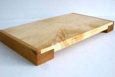 Wooden Chopping Boards, Wood Cutting Boards, Woodworking Plans, Woodworking Projects, Small Wood Projects, Wood Tray, Wooden Crafts, Wood Design, Serving Trays