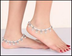 Silver_Anklets_With_Stones.jpg (1000×781)