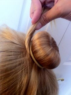 How to ballet bun wonder if this will work for Avery's curly hair