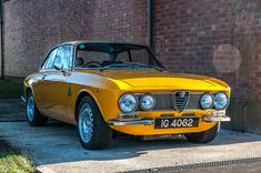 Alfa Romeo's Sports Sedan is a Future Classic: HagertyThe 2017 Alfa Romeo Giulia Quadrifoglio has Lamborghini, Maserati, Ferrari, Ford Gt, Bmw, Car Art, Dream Cars, Alfa Gtv, Alfa Romeo Gta