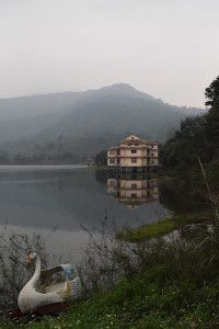 Ho Cua lake, one of the resorts near Ba Vi national park (Ba Vi National Park, Vietnam)
