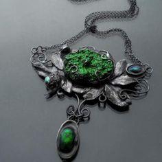 Mech - srebrny naszyjnik z zieloną druzą agatową od Rękami Stworzone