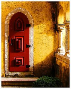 ReD, yeLloW and a touch of GreEn by lazyleo76@flickr.com Somewhere @ Sintra, Portugal