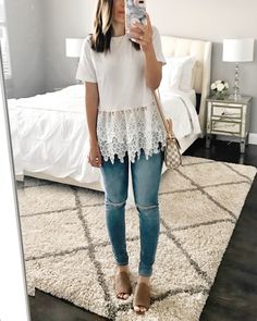 Flawless Summer Outfits Ideas For Slim Women That Looks Cool - Oscilling Looks Style, My Style, Trendy Style, Vetement Fashion, Look Boho, Workwear Fashion, Outfit Trends, Outfit Styles, Blouse Styles