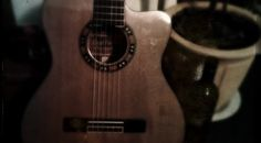 Film – Flamenco In Smithfield - Little video I made of my overdue and somewhat malformed return to an awesome style of guitar. Plugs, Cool Style, Music Instruments, Guitar, Film, Awesome, Musica, Flamingo, Movie