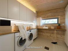 14 Kontio Harunire - Kodinhoitohuone   Asuntomessut Saunas, Log Homes, Laundry Room, Beautiful Homes, Organizing, Sweet Home, Home Appliances, Cottage, Houses