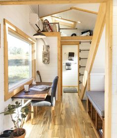 """6,412 Likes, 25 Comments - Tiny Houses (@tinyhouse) on Instagram: """"Tiny Home built by Tiny Heirloom in Portland, Oregon #tinyhouse"""""""