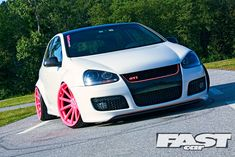 Volkswagen Golf GTI | stanced VW Mk5 Golf GTi Worthersee Vossen Wheels