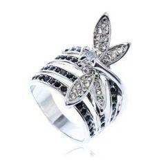 Dragonfly wedding ring. Love