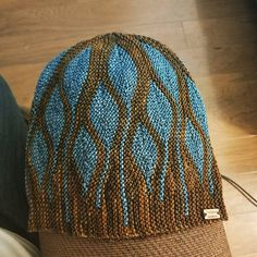 Toph by Woolly Wormhead, knitted by craftyjhawk | malabrigo Arroyo in Glitter and Reflecting Pool