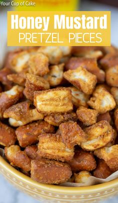 Honey Mustard Pretzel pieces are bursting with flavor and perfectly crunchy! This sweet and salty combination is addictive! Yummy Appetizers, Appetizer Recipes, Snack Recipes, Cooking Recipes, Healthy Recipes, Honey Mustard Pretzels, Homemade Honey Mustard, Salty Snacks, Quick Snacks