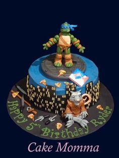 TMNT with Splinter Cake