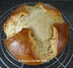 Marions Kitchen Stories: Pinze: Paasbrood uit Oostenrijk