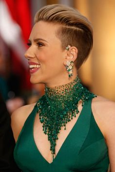 Hair Bob Undercut Scarlett Johansson Ideas For 2019 Oscar Hairstyles, Pixie Hairstyles, Pixie Haircut, Celebrity Hairstyles, Haircuts, Scarlett Johansson, Short Hair Cuts, Short Hair Styles, Pixie Cuts
