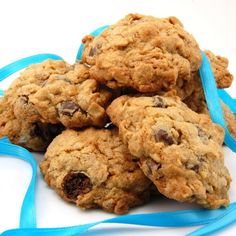 Oatmeal raisin cookies are my fave. These are oatmeal RAISINET cookies! Whaaat.
