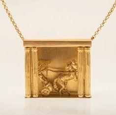 Tosca  18k gold pendant MALENE HELWEG-LARSEN