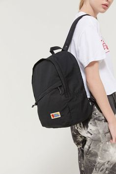 Clothing, accessories and apartment items for men and women. Grunge Backpack, Mini Backpack, Black Backpack, Backpack Drawing, Cream Backpacks, Foam Seat Pads, Victoria Secret Sport, Herschel Heritage Backpack, Backpacker