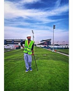 #sky #blue #nature #friend #grass #sport #event #eventplanner #fracture #work #rugby #game #play #fitness #style #fashion #lights #stadium #outdoors #photography #phonephotography #camera #samsung #visualsoflife #beauty #life http://tipsrazzi.com/ipost/1507522717803541889/?code=BTry-y1gvWB