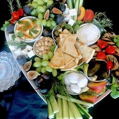 best=Easy GREEK PARTY Platter And MORE for Casual Entertaining Classic Casual Home , Stay on trend with this beautiful prom dresses at Prom Dress Shop. Casual Dinner Parties, Dinner Party Menu, Dinner Themes, Party Platters, Fruit Platters, Mamma Mia, Greece Party, Greek Appetizers, Paleo Appetizers