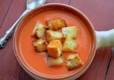 La comida favorita de Espana de Betty es Gazpacho. Ella siempre pedia eso. Es una sopa fria de vegetables. No me gusta  mucho  gazpacho.