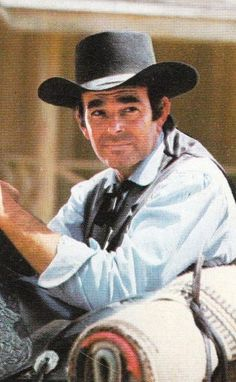 """~ Stuart Whitman ~ """"Cimarron Strip"""" as Marshal Jim Crown. Old Tv Shows, Best Tv Shows, Favorite Tv Shows, Movies And Tv Shows, Hollywood Stars, Classic Hollywood, Cimarron Strip, Stuart Whitman, Cowboy History"""