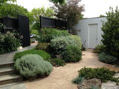 Front entrance to Cameron Paterson's Australian garden