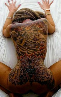 Backtattoo back tattoed Tattoo tattoos tatouage tattoomodel Model tattoogirl inkedgirl Girlwithink womenwithink inked inkedgirl inklover inkedgirls inking tattoogirl Ⓜ️ TS ✌ Tattoo Girls, Sexy Tattoos For Girls, Inked Girls, Girl Tattoos, Tattoos For Women, Tattooed Women, Back Tattoos, Hot Tattoos, Body Art Tattoos