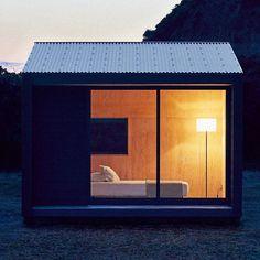 いいね!18千件、コメント96件 ― Dezeenさん(@dezeen)のInstagramアカウント: 「Japanese brand Muji has unveiled its design for a compact nine-square-metre prefabricated house,…」