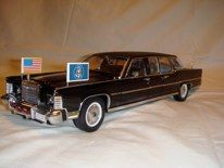 Lincoln Continental Presidential Limo