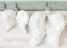 DIY Coffee filter angel wings (Craftberry Bush) Diy Wings, Diy Angel Wings, Angel Wings Costume, Papercraft, Halloween Costume Hacks, Last Minute Halloween Costumes, Coffee Filter Crafts, Coffee Filters, Coffee Filter Projects