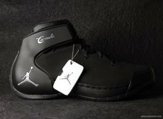 watch b519f 41013 +Nike release the new +Air Jordan +Carmelo Anthony black cool grey shoes.