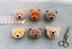 Amazing Bear Pom Poms