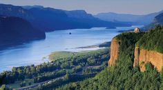 Retrace the Pacific Northwest portion of Lewis and Clark's epic 19th-century expedition with this seven-day itinerary along the Snake and Columbia Rivers aboard the National Geographic Sea Bird or National Geographic Sea Lion.