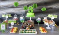 Boy's TMNT Birthday Party Dessert Table www.spaceshipsandlaserbeams.com