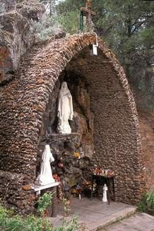 Lourdes grotto, Ojos, New Mexico
