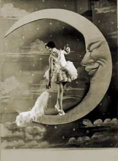 A fantasy digital piece featuring a vintage photo of a beautiful woman standing upon the paper moon and holding a large feather. Dusting The Moon Fantasy Photo Circus Vintage, Pub Vintage, Vintage Art, Vintage Paper, Vintage Woman, Vintage Pictures, Vintage Images, Art Du Cirque, Retro