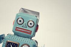 Bibliotekarzy, kasjerki, kucharzy zastąpią roboty. Dziesięć zawodów, które mogą zniknąć. http://tvn24bis.pl/tech-moto,80/roboty-zastapia-ludzi-dziesiec-zawodow-ktore-znikna,524074.html