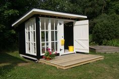 Lean to with deck Garden Playhouse, Playhouse Outdoor, Backyard Office, Backyard For Kids, Cubby Houses, Play Houses, Shed Patio Ideas, Cabana, She Sheds
