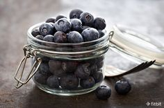12 Heart-Healthy Foods to Add to Your Grocery Cart Healthy Food Options, Heart Healthy Recipes, Healthy Choices, Gourmet Recipes, Real Food Recipes, Healthy Heart, Nutrition Education, Health And Nutrition, Health And Wellness