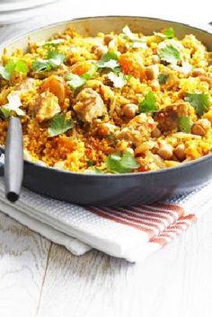 Low FODMAP and Gluten Free Recipe - One-pan chicken quinoa http://www.ibssano.com/low_fodmap_recipe_chicken_quinoa.html