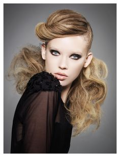 """Textured Femme - Andor Bubelenyi was inspired by '80s nostalgia while creating his longer, half up/half down microcrimped finish. """"It was in the '80s that fashion and music really started to inspire my approach to hair,"""" he says. """"This feeling continues to fuel my work today."""""""