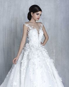 Most elegant wedding dresses and bridal gowns available at Beirut (Lebanon). Classic and trendy bridal dresses and wedding gowns at an affordable prices. 2016 Wedding Dresses, Wedding Attire, Bridal Dresses, Bridesmaid Dresses, Gown Wedding, Beautiful Wedding Gowns, Elegant Wedding Dress, Beautiful Dresses, Pnina Tornai