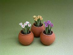 A 1/12 o 1 escala kit de flores de papel para hacer 3 grupos de azafrán. Estas en un tazón de fuente del bulbo o en una deriva planta en tu