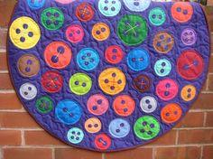 ButtonArtMuseum - Cute as a Button Baby Quilt