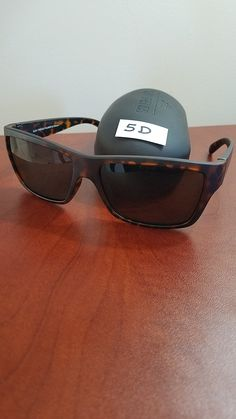ea205a7ccd0  5D Polarized Sunglasses With UV and Hard Case. CJsGo