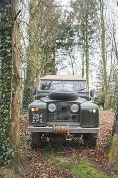 Land Rover Defender Camping, Landrover Defender, Defender 90, Bugatti Cars, Bugatti Veyron, Toyota Fj Cruiser, Land Cruiser, Jeep Wrangler Unlimited, Classic Cars